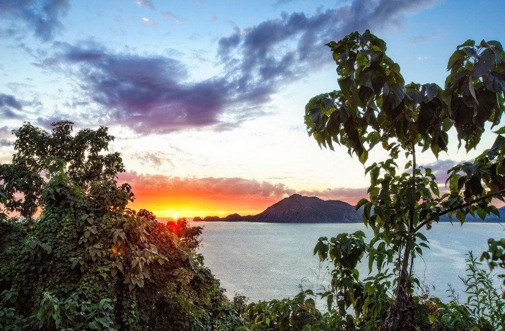 Creative Edit: Tippy Toe Sunset - Tim Martin