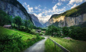 HDR-Photography-Into-The-Valley