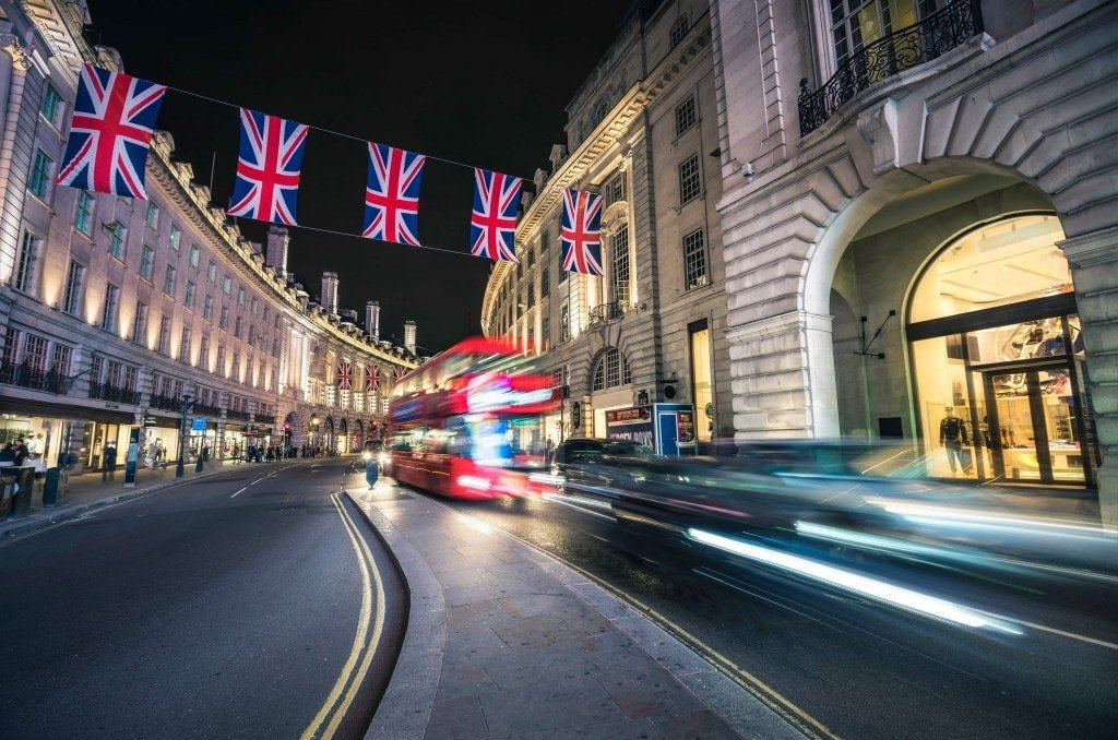 HDR-Photography-Regent-Street-at-Night