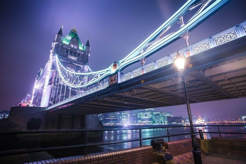 HDR-Photography-Under-The-Tower-Bridge
