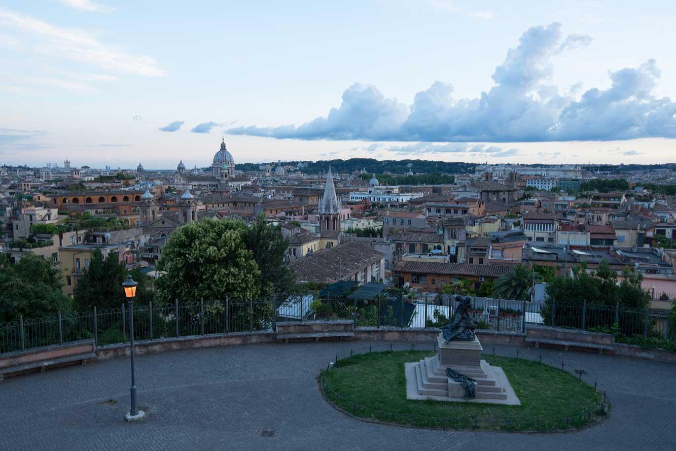 Bundle-Three-Beautiful-Lightroom-Presets-Cityscape-Extreme-Landscape-Dynamic Rome Before