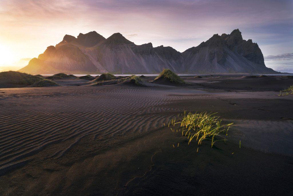 Blending-Light-HDR-Photography-The-Black-Sands-of-Stokksnes