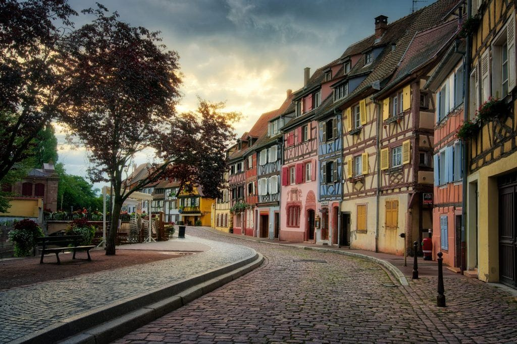 HDR-Photography-Early-Morning-in-Colmar-Presetpro