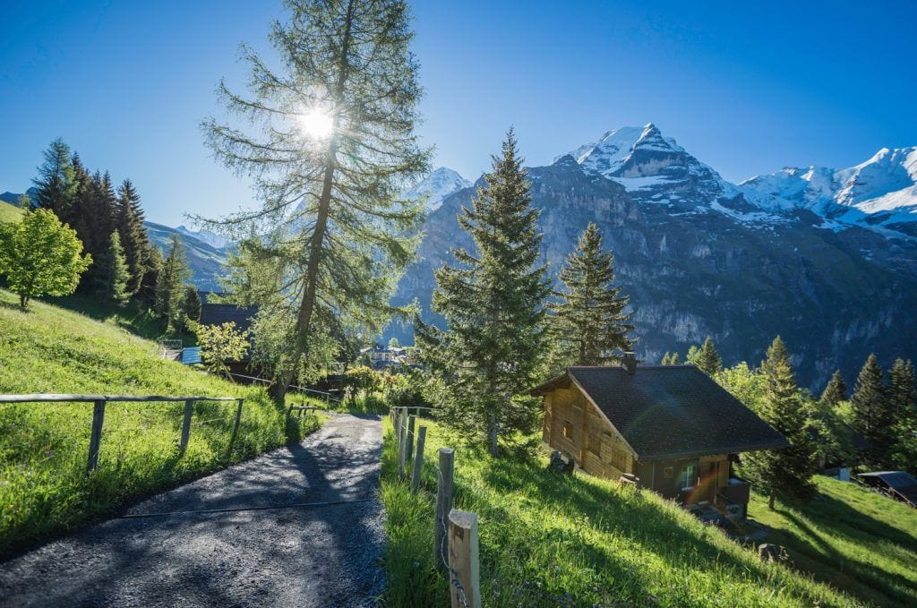 HDR-Photography-Mountain-Hike-in-Switzerland