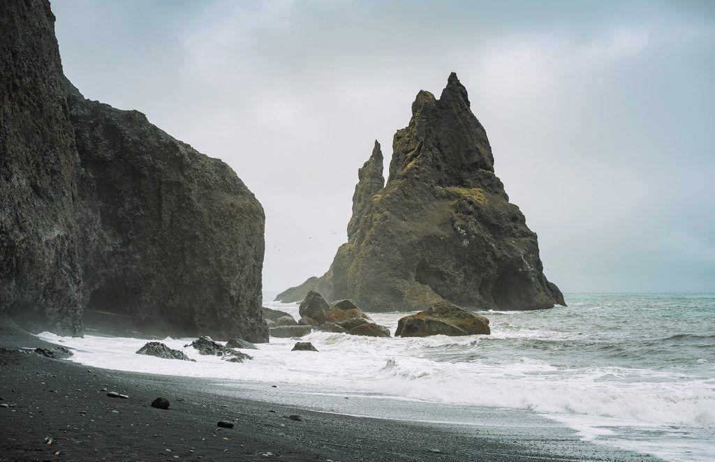 Landscape-Photography-Black-Sand-Beach-Iceland-Presetpro