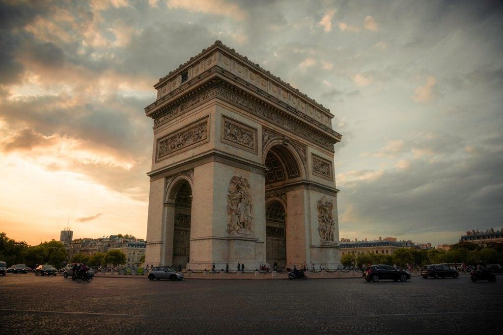 Cityscape-Photography-Arc-de-Triomphe Presetpro.com