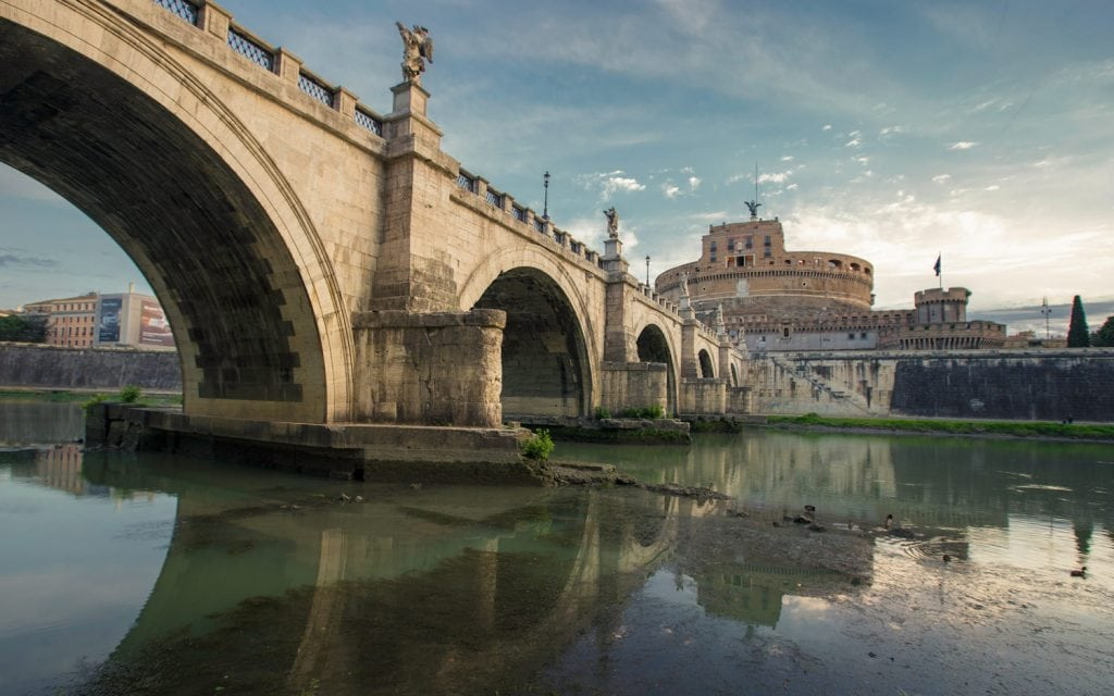 HDR-Photography-Along-The-Tiber-in-Rome-Presetpro.com