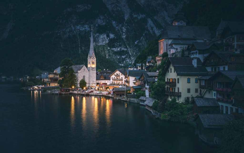 Night-Photography-Goodnight-Hallstatt-Tim-Martin-and-Presetpro.com
