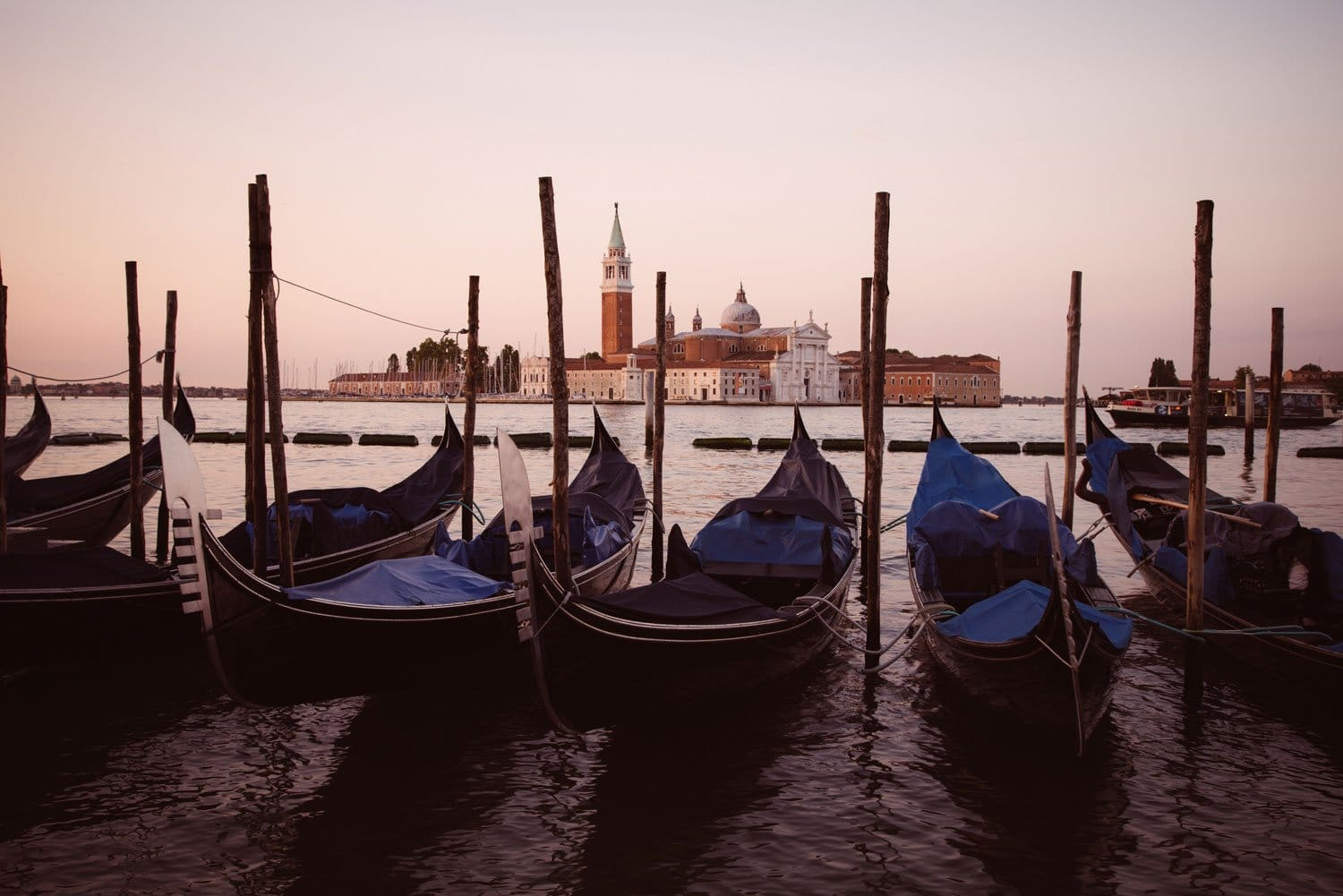 Cityscape-Photography-Summer-in-Venice-Presetpro.com