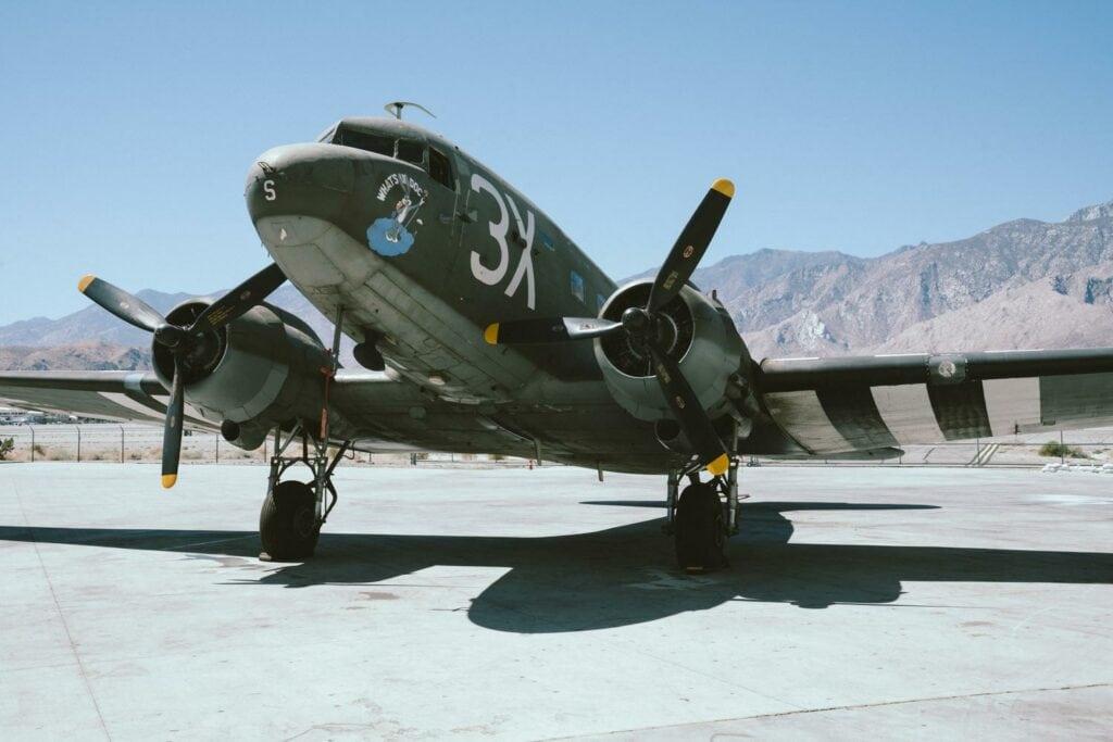 Douglas-DC-3-Airplane-Developed-with-Film-Emulation-Presets-AGF-Portrait-Film-Presetpro