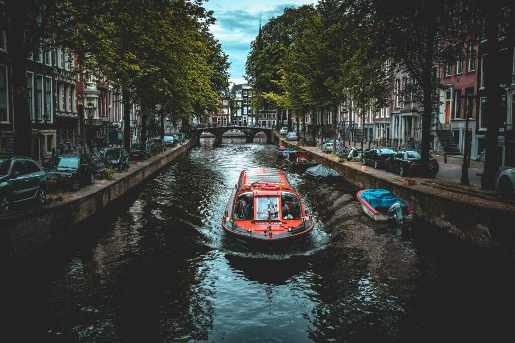 Awe-Inspiring Photos | Waterway